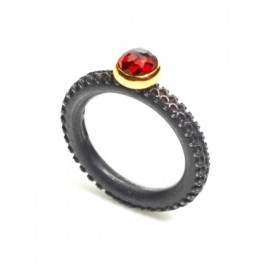 Rose-cut Garnet Ring (6mm)