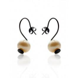 Pearl Hook Dot Earrings